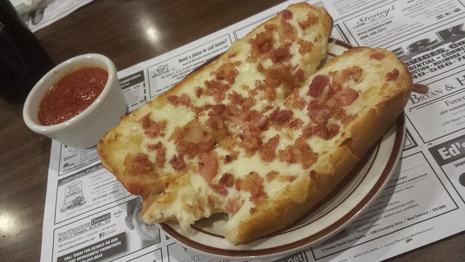 Tat's Pizzeria